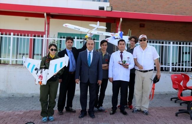 Lise Öğrencileri İnsansız Hava Aracı Yaptı